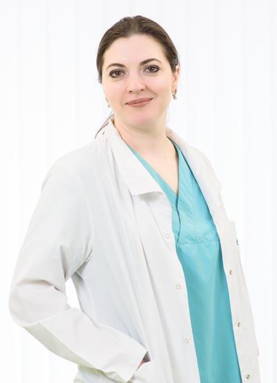 ECHIPA Balti_0004_Stela Grib _medic nefrolog